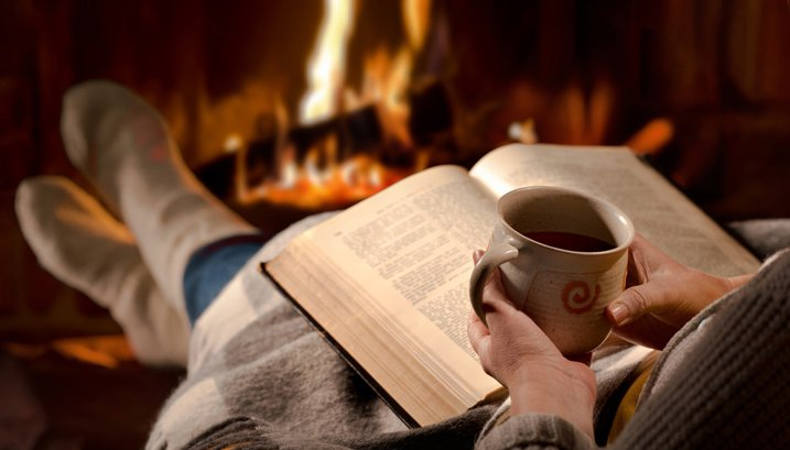 Late-night-coffee-disturbs-your-sleep_393410812